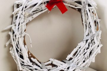 Rustic Painted Holiday Wreath